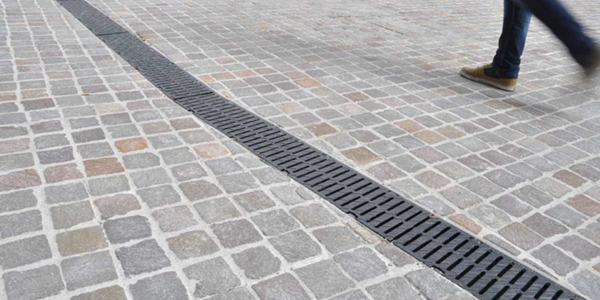 How to install a driveway drainage channel